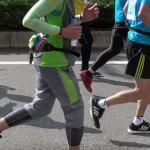 ランニングフォームは骨盤の前傾を意識すると改善できる!